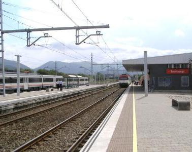 Six new interlocks in the Torrelavega-Santander section will help improve safety and reduce travel times