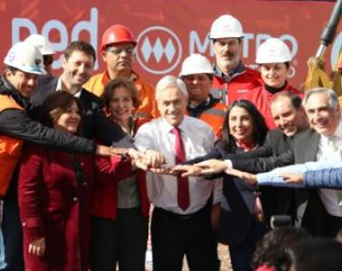 Mr. Sebastián Piñera, President of the Republic of Chile, inaugurates the work to extend Line 2 of the Santiago Metro