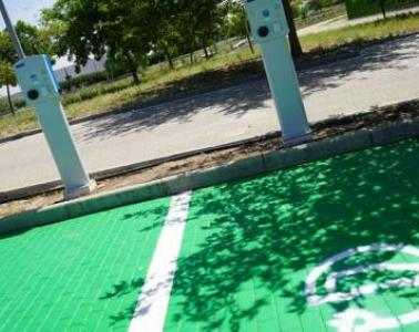 SICE installs two new charging points for electric vehicles at Mengíbar (Jaen)