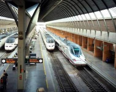 "ADIF makes headway towards the ""station of the future"": sustainable, resilient, and connected"